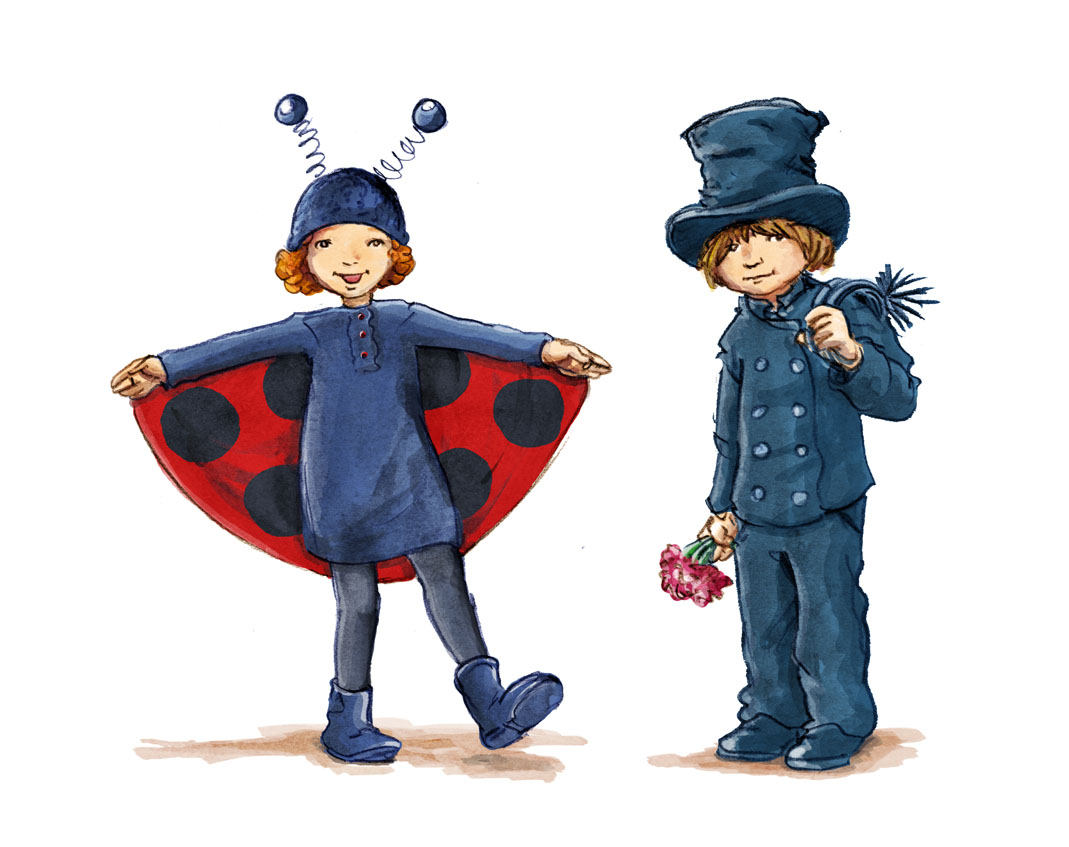 Zwei Kinder als Glücksbringer verkleidet: Ein Mädchen als Marienkaefer und ein Junge als Schornsteinfeger mit Zylinder. Two children are dressed als talismans: A girl as a ladybird and a boy as a chimney sweeper with a top hat.